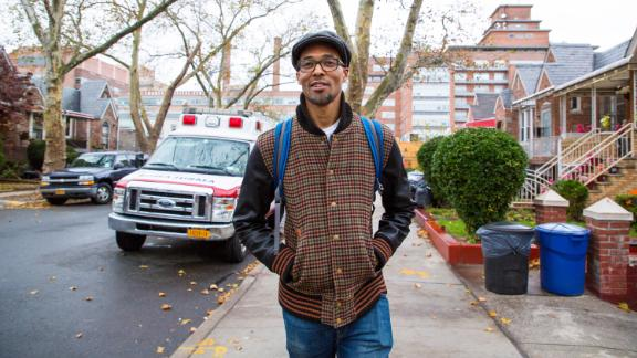 "New York emergency room doctor Rob Gore helped create the Kings Against Violence Initiative, an organization that hosts anti-violence programs at Kings County hospital, local schools and in the broader community. The nonprofit, which serves more than 250 young people, also provides ""hospital responders"" to assist victims of violence and their families."