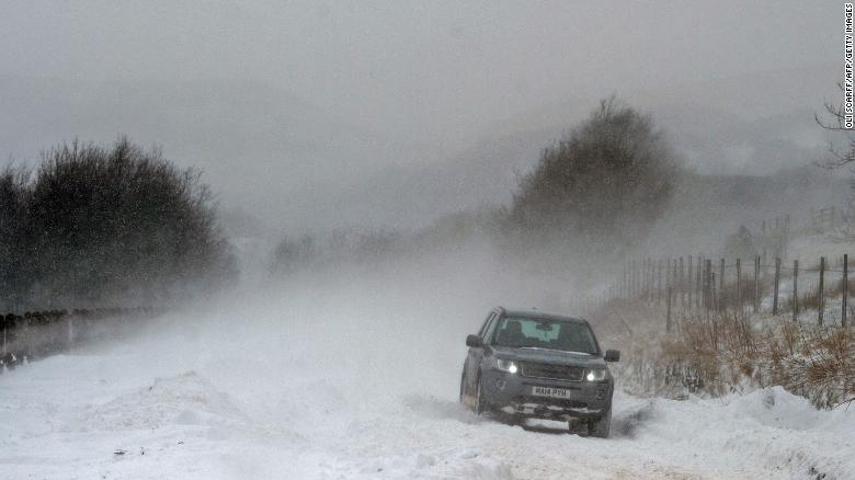 winter weather 2 dead from storm that has caused blizzard
