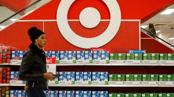 Shoppers are seen in a Target store in the Brooklyn borough of New York, U.S., November 14, 2017.   REUTERS/Brendan McDermid