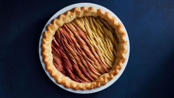Apple ombre pie from The New York Times Thanksgiving spread.