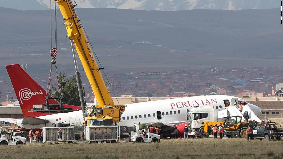 Plane skids off runway at Bolivian airport
