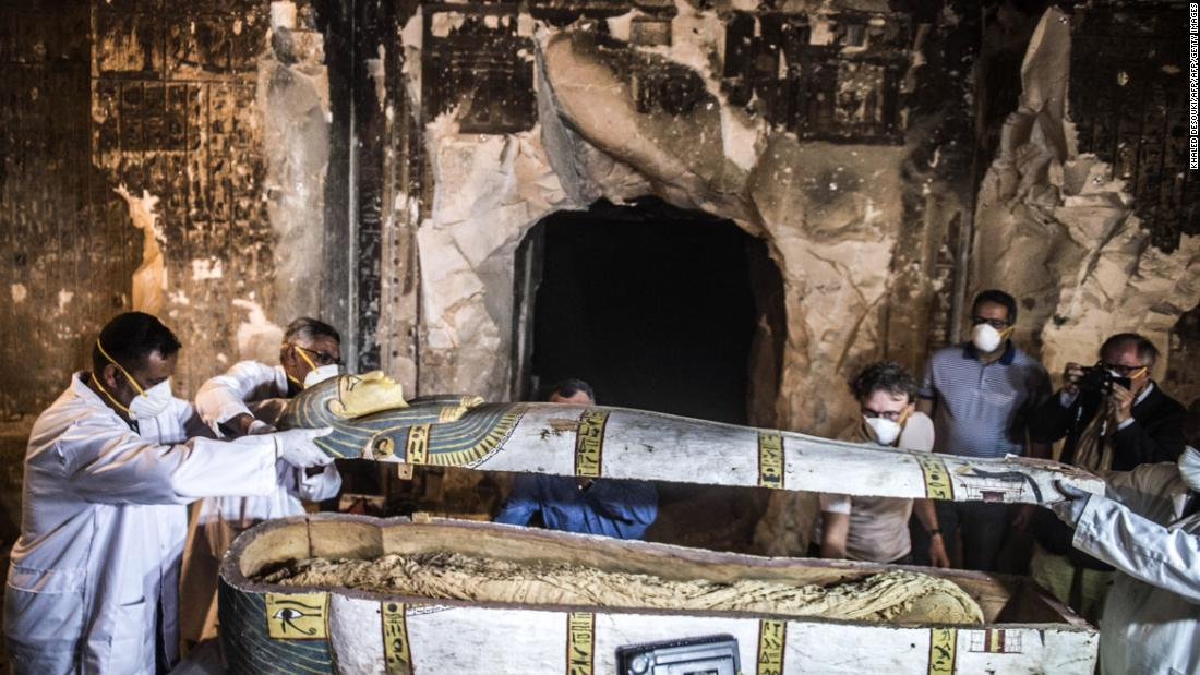 Coffin in Egypt reveals 3,000-year-old mummified woman