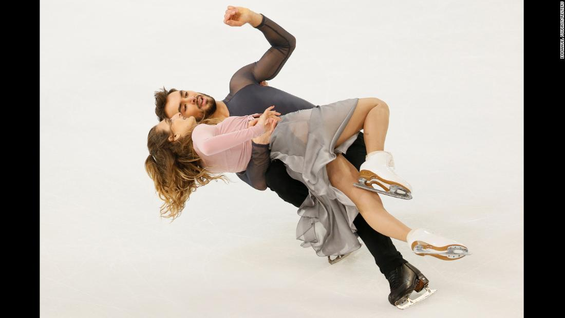 France's Gabriella Papadakis and Guillaume Cizeron compete in the ISU Grand Prix of Figure Skating in Grenoble, France on Saturday, November 24.
