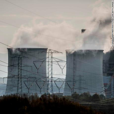 BOGATYNIA, POLAND - OCTOBER 06: The lignite-fired power station of the polish energy company PGE (Polska Grupa Energetyczna) is pictured on October 06, 2018 in Bogatynia, Poland. (Photo by Florian Gaertner/Photothek via Getty Images)