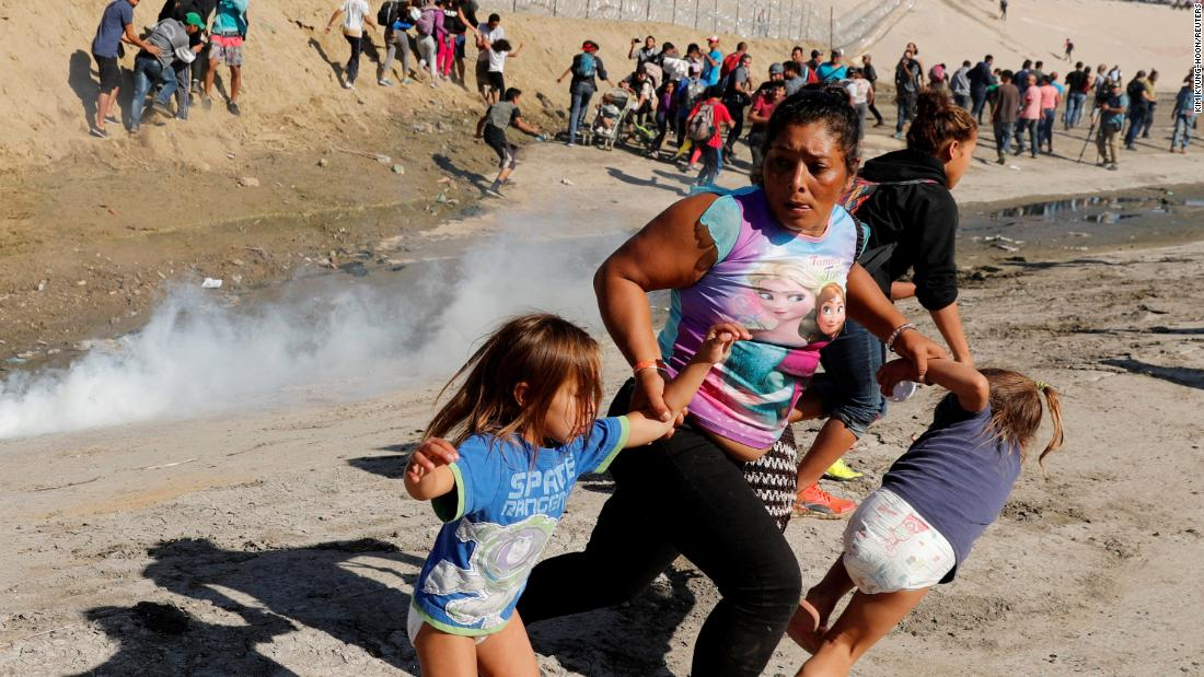 A Mother And Her Girls Tried To Reach The Us Border Then They Got Tear-Gassed-7500