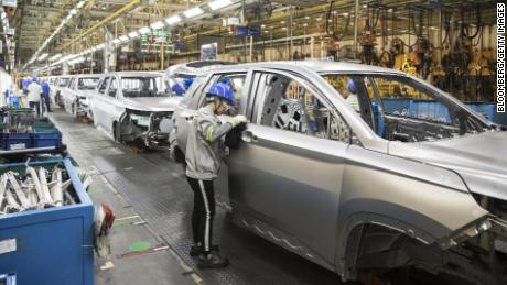 Gm Workers May Find New Jobs The Wages Are The Problem Cnn