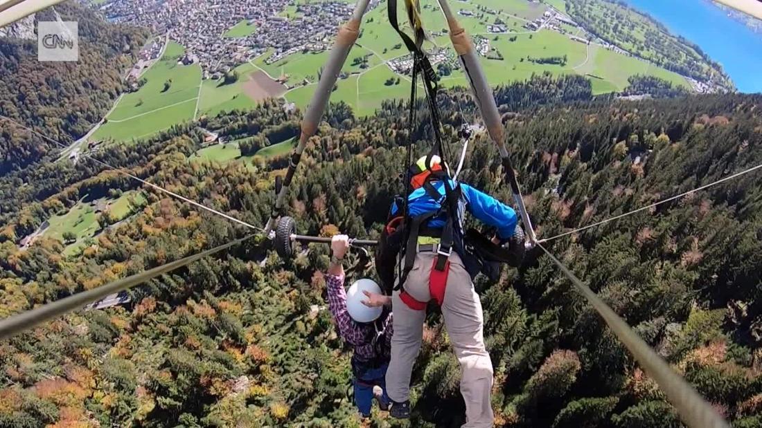 Holiday hang glider flight goes horribly wrong