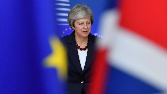 TOPSHOT - Britain's Prime Minister Theresa May arrives at the European Council in Brussels on October 17, 2018. - British Prime Minister Theresa May is due to address a summit of European Union leaders in which Brexit negotiations are expected to be top of the agenda. (Photo by EMMANUEL DUNAND / AFP)        (Photo credit should read EMMANUEL DUNAND/AFP/Getty Images)