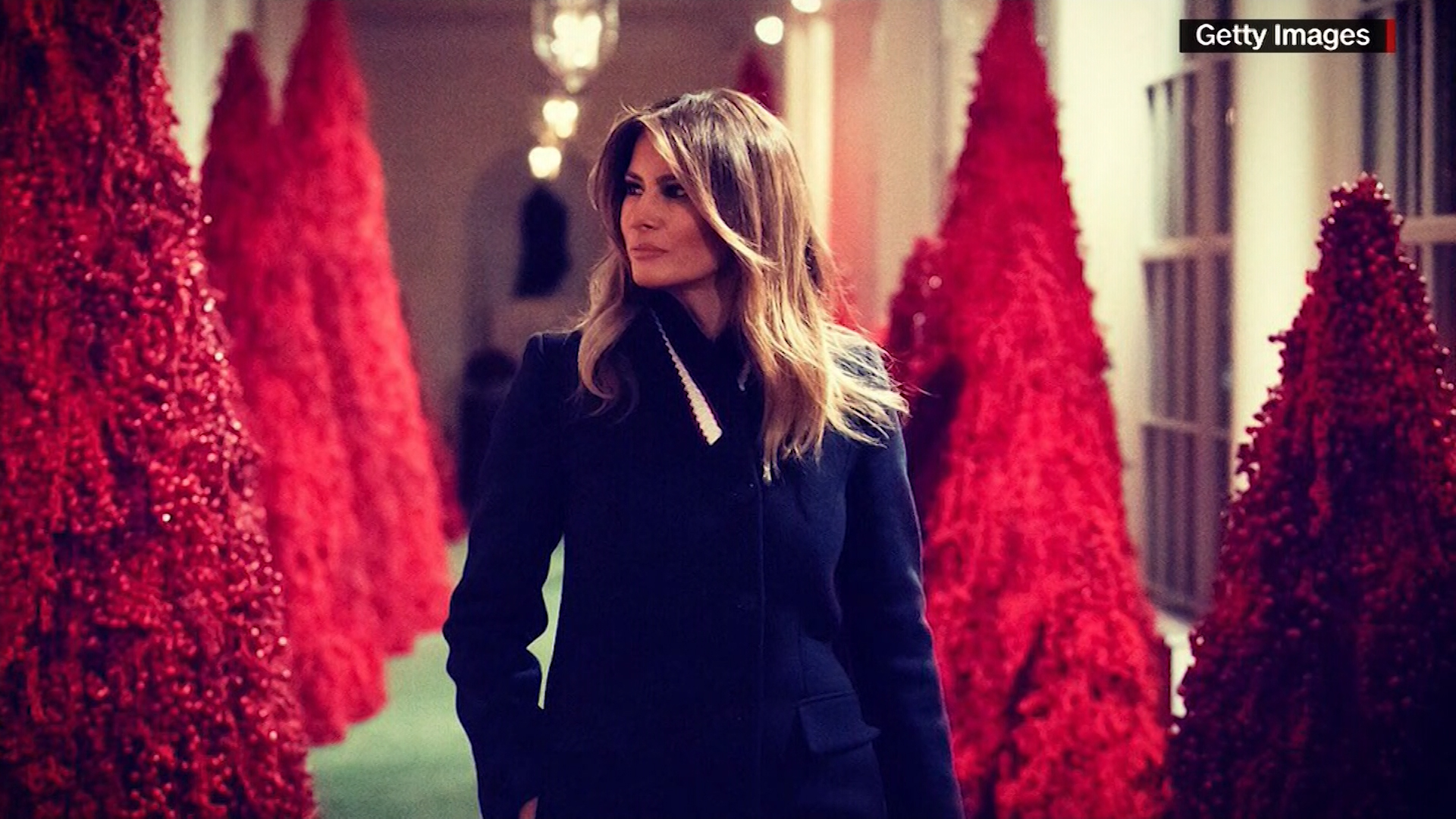 Christmas Model.Melania S Red Christmas Trees Creepy Or Cool