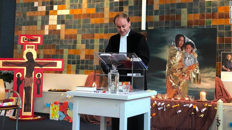 Dutch church holds 800-hour service to save family from deportation
