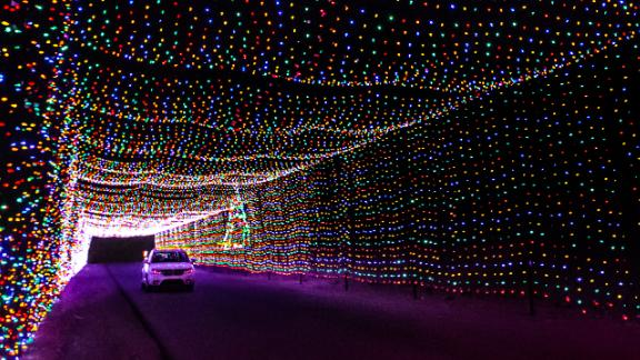 Las Vegas Motor Speedway (Nevada): The Las Vegas Motor Speedway hosts Glittering Lights, a 2.5-mile circuit that gives car-bound visitors the opportunity to see more than 500 animated displays.