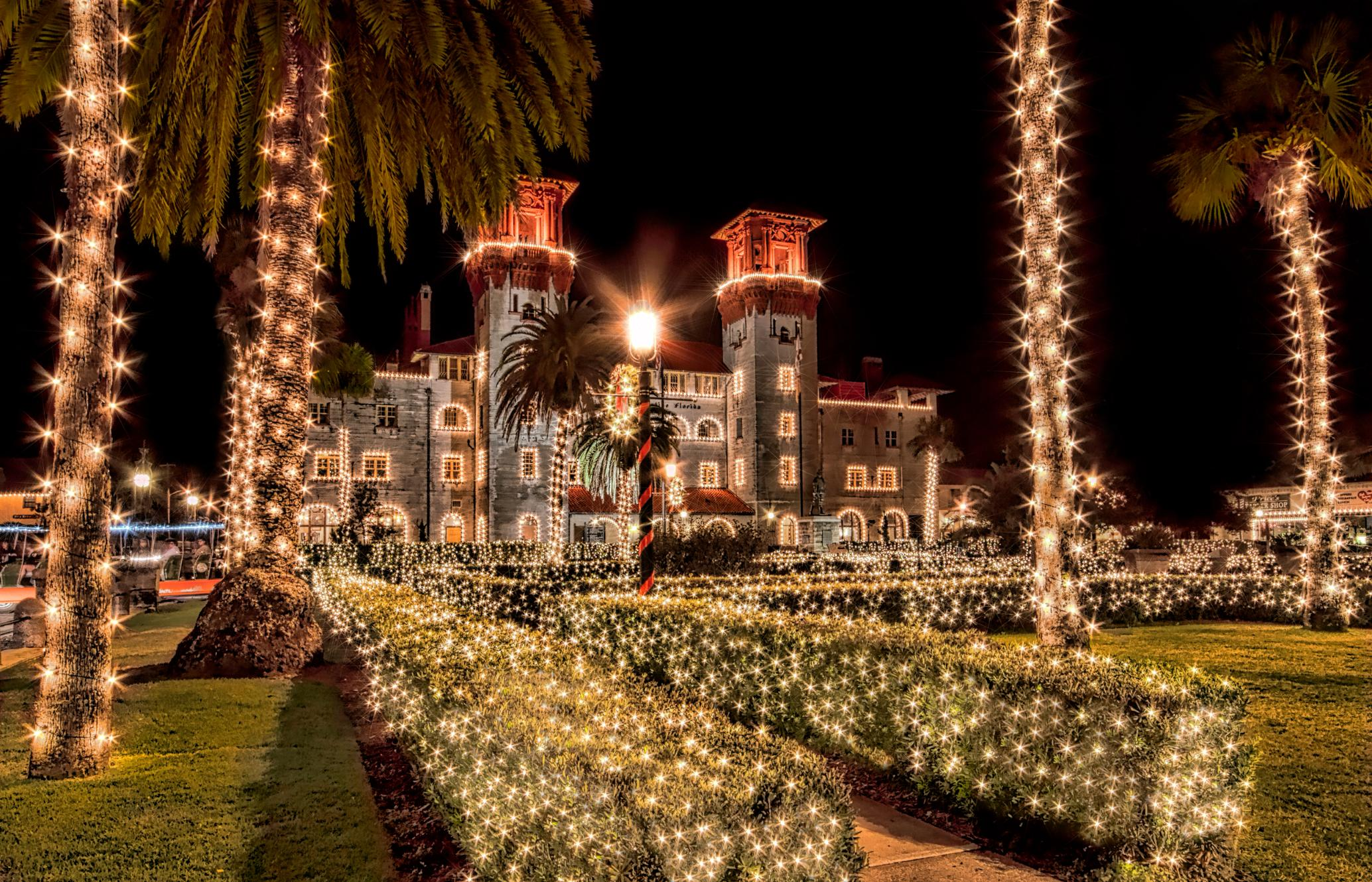 9 Best Places To See Christmas Lights In The Usa Cnn Travel Series Circuit