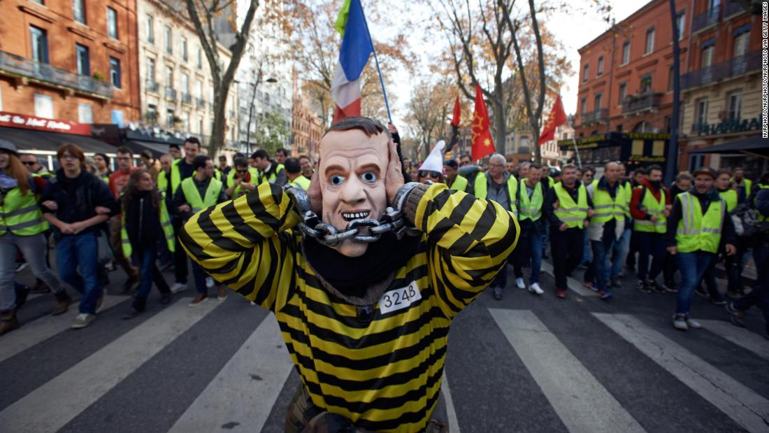 foto de Who are the gilets jaunes the yellow vest protesters