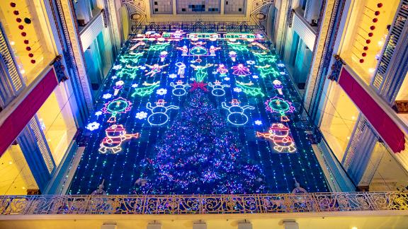 Macy's at City Center (Philadelphia, Pennsylvania): Macy's Christmas Light Show in Philadelphia has a Magic Christmas Tree and 100,000+ LEDs that tell a story with reindeer, toy soldiers and ballerinas.
