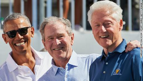 Former Presidents Obama, Bush and Clinton voluntarily access coronavirus vaccination in public to prove safe