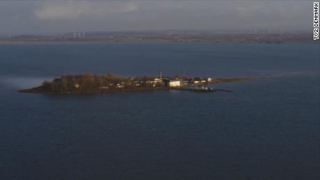 Denmark plans to isolate 'unwanted' migrants on remote island