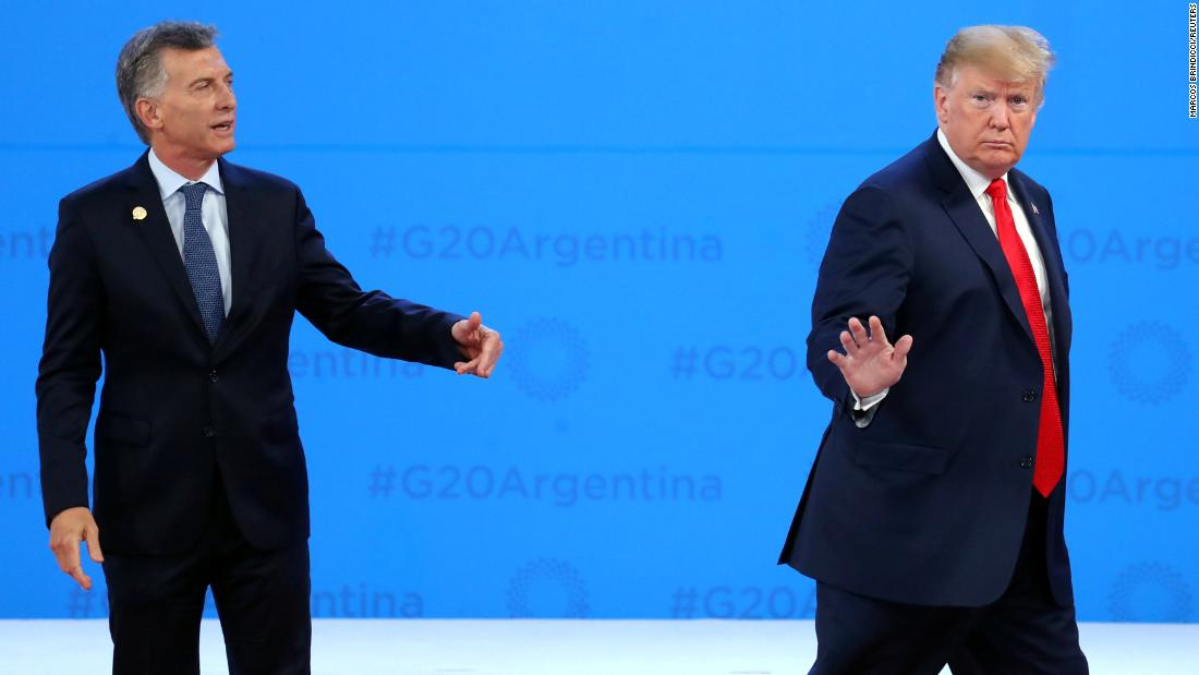 Argentine President Mauricio Macri appears to call back US President Donald Trump after the two shook hands at the G20 summit in Buenos Aires on Friday, November 30. CNN's Fareed Zakaria breaks down a few lighter moments from Trump's visit
