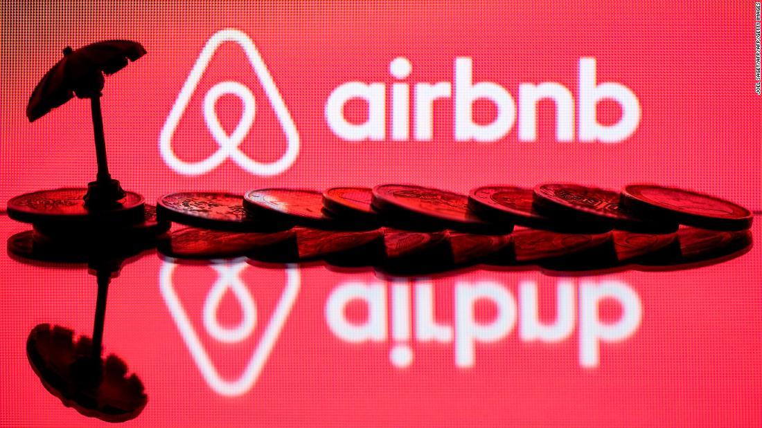 Airbnb επεκτείνει περαιτέρω την coronavirus απάντηση, και φιλοξενεί διαμαρτύρονται