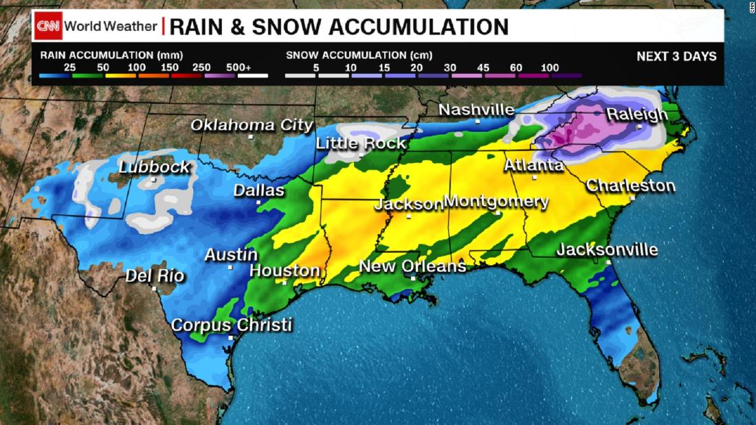 Carolinas brace for heavy snow