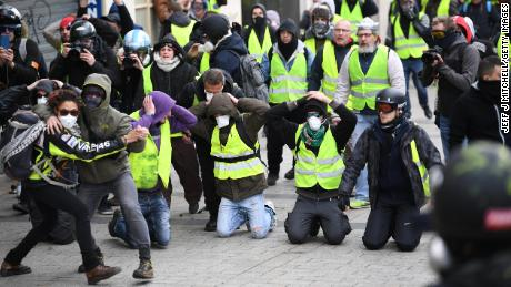 Pressure grows on France's Macron over 'gilets jaunes'