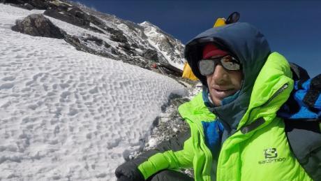 Jornet en route to the peak of Mt.Everest.