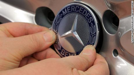 SINDELFINGEN, GERMANY - JANUARY 24:  A Daimler AG Mercedes-Benz logo sits on the alloy wheel of a Daimler AG Mercedes-Benz S-Class sedans on the assembly line at the Mercedes-Benz plant of Daimler AG on January 24, 2014 in Sindelfingen, Germany. Daimler is scheduled to announce financial results for 2013 on February 6.  (Photo by Thomas Niedermueller/Getty Images)