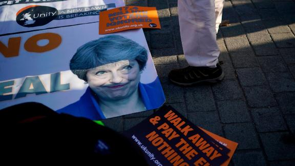 LONDON, ENGLAND - DECEMBER 11:  Pro brexit protesters demonstrate outside parliament on December 11, 2018 in London, England.