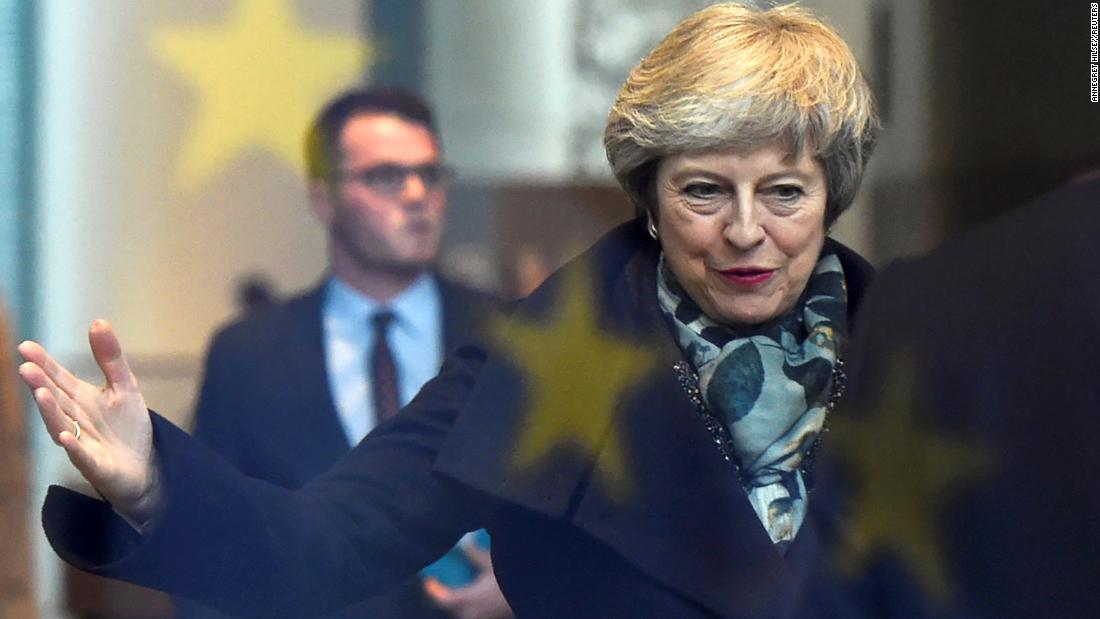 British Prime Minister wins confidence vote
