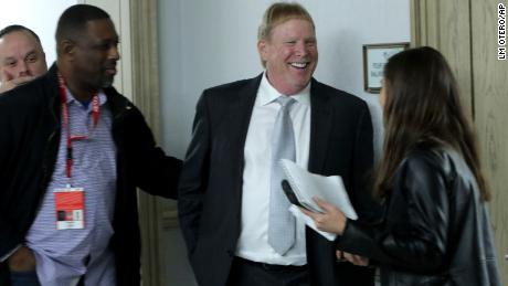 Raiders owner Mark Davis speaks to reporters after the NFL owners  39   meeting in ba9f225ac
