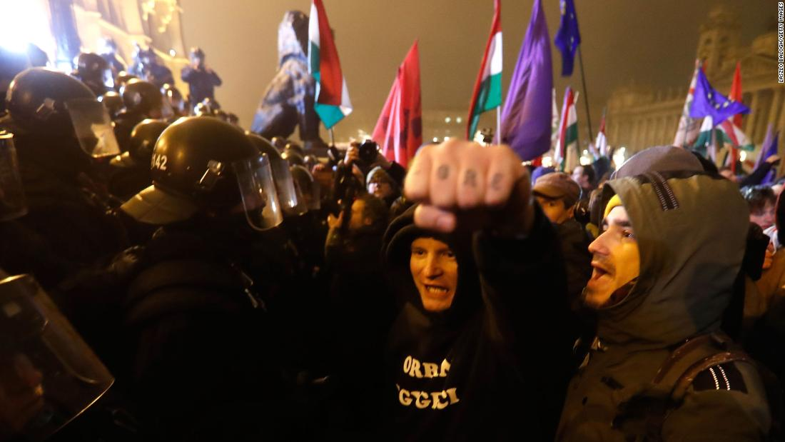 Budapest rocked by second night of protests over 'slave law'