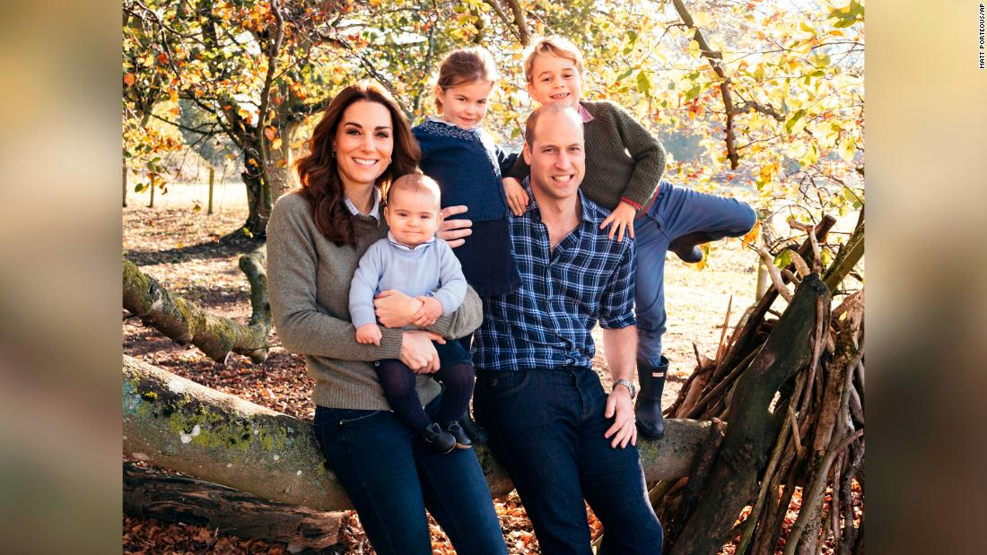 See the Royal couples' Christmas card photos