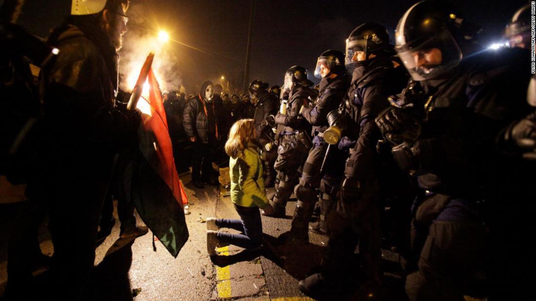 'Slave law' protests turn violent in Budapest