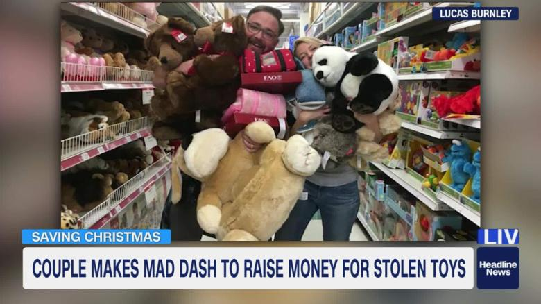Saving Christmas.Couple Raises Funds To Replace Stolen Christmas Toys