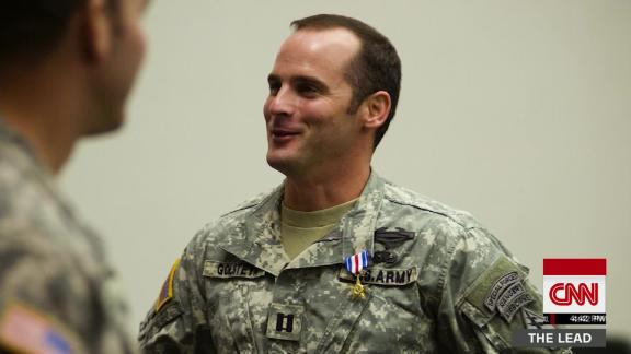 lead jim sciutto DNT trump soldier trial _00001212.jpg