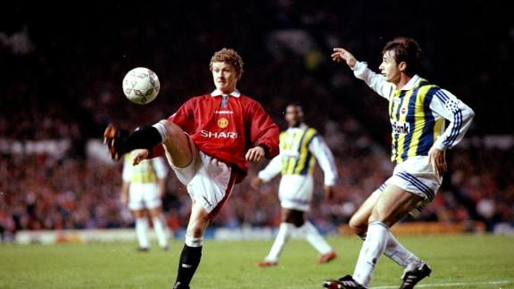 Ole Gunnar Solskjaer (L) joined Manchester United from Norwegian side Molde in 1996. At the time he was relatively unknown outside of Norway.
