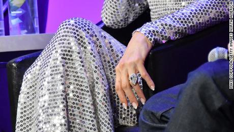 Jenny Mccarthy Enement Ring | Paris Hilton Keeping 20 Carat Engagement Ring Cnn
