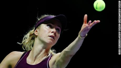 SINGAPORE - OCTOBER 25:  Elina Svitolina of the Ukraine serves in her singles match against Caroline Wozniacki of Denmark during day 5 of the BNP Paribas WTA Finals Singapore presented by SC Global at Singapore Sports Hub on October 25, 2018 in Singapore.  (Photo by Clive Brunskill/Getty Images)