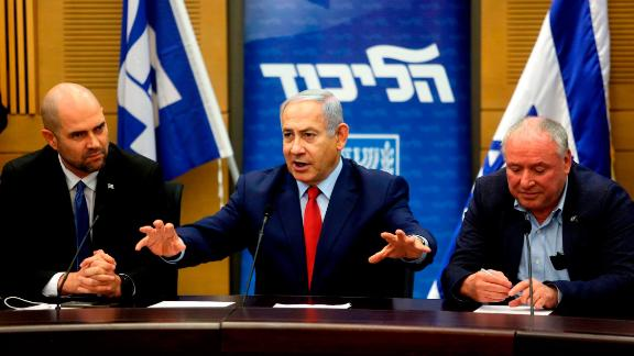 Early opinion polls suggest many Israelis continues to have faith in PM Benjamin Netanyahu and his leadership.