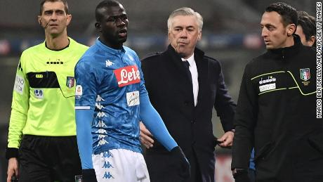 40f82e8044f576 Kalidou Koulibaly leaves the pitch after receiving a red card in the game  against Inter.