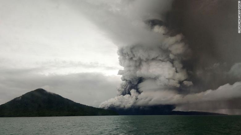 indonesia tsunami flights rerouted as volcano eruptions continue cnn