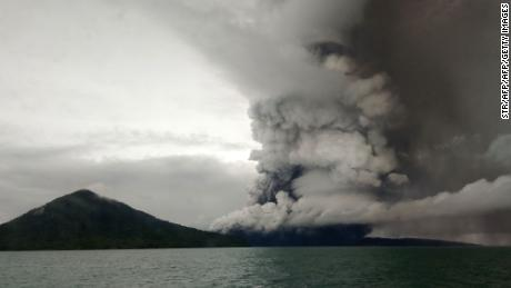 Indonesia tsunami: Flights diverted as the Anak Krakatau volcano continues to erupt