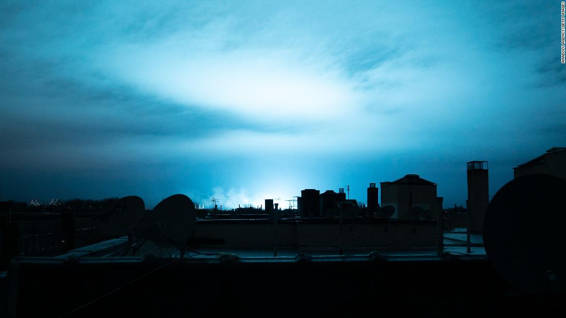 "Blue light illuminates the night sky Thursday, December 27, in New York as a result of an <a href=""https://www.cnn.com/2018/12/27/us/ny-fires-con-ed-power-plant/index.html"" target=""_blank"">electrical flash at a Con Edison substation</a> in Queens. The New York Police Department initially said there had been a transformer explosion, but the power company later said no explosion occurred."