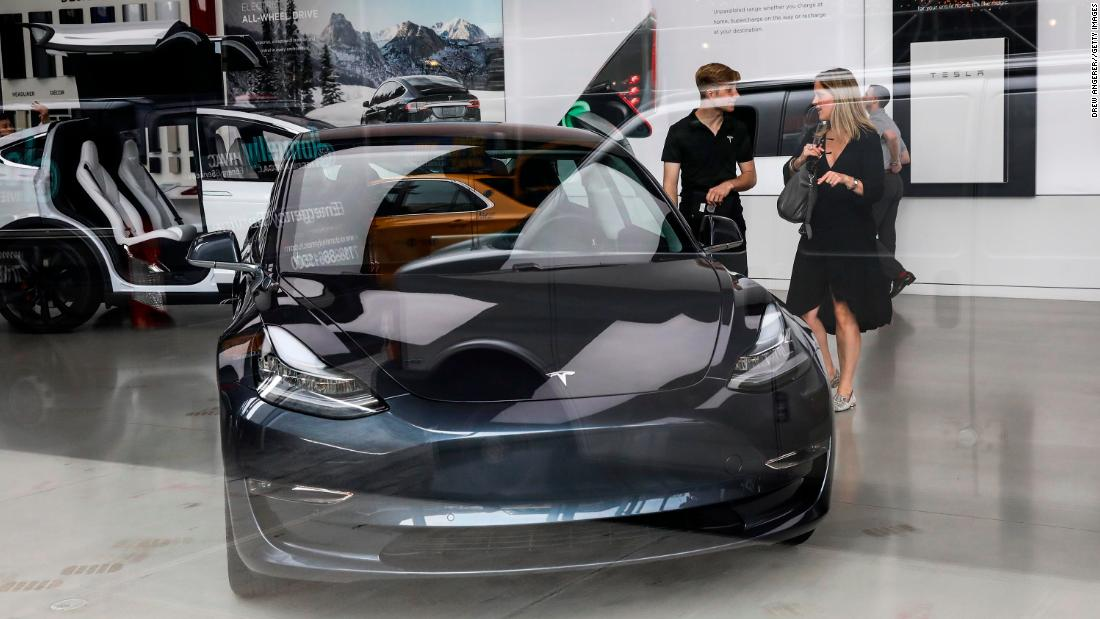 Hit By Reduced Tax Credit Tesla Cutting Prices Cnn