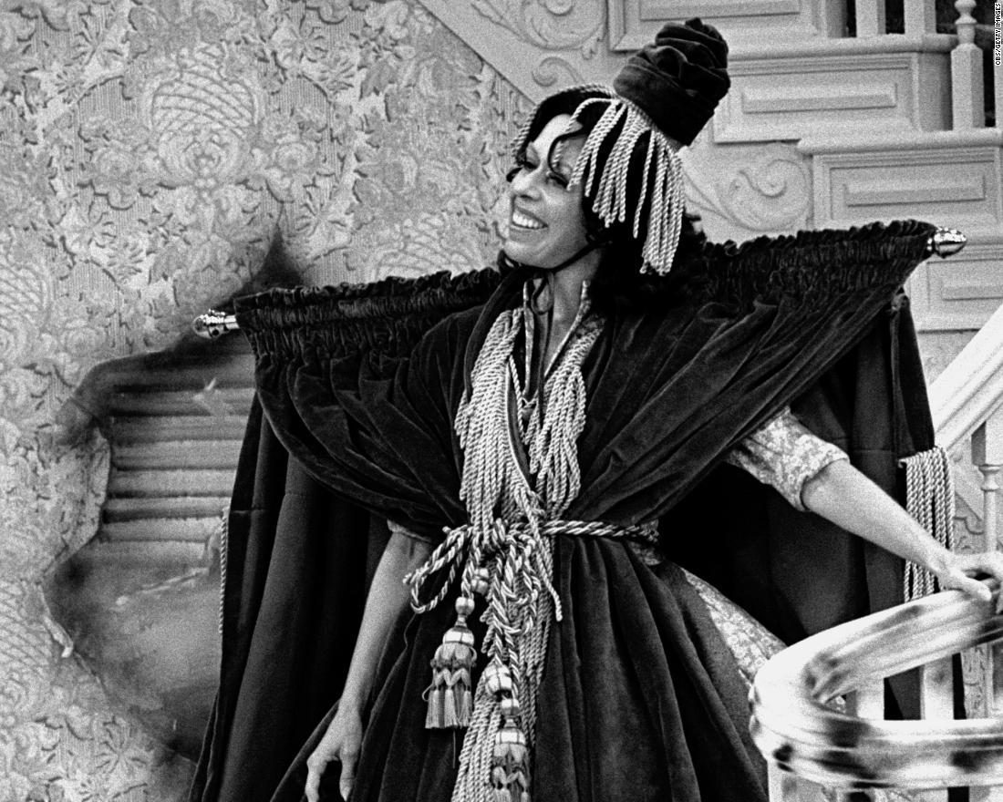 Carol Burnett Gives Moving Ode To Classic Tv In Golden Globes Speech