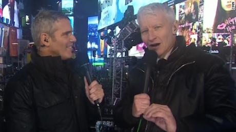 Cnn New Years Eve 2020.See Anderson Cooper Give Heartfelt Nye Message