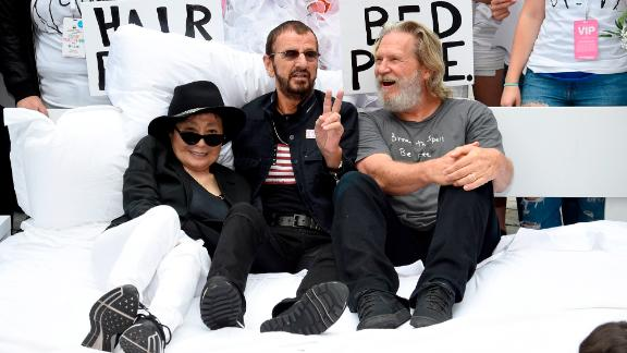 Bridges has a laugh with Yoko Ono and Ringo Starr as they attend the launch of Come Together NYC in 2018.