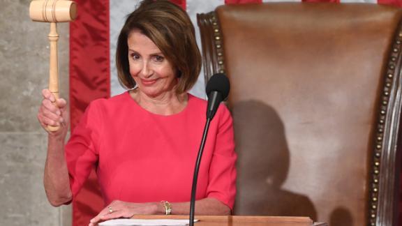 nancy pelosi democrata presidenta defender migrantes dreamers trump muro salarios sot_00000000.jpg