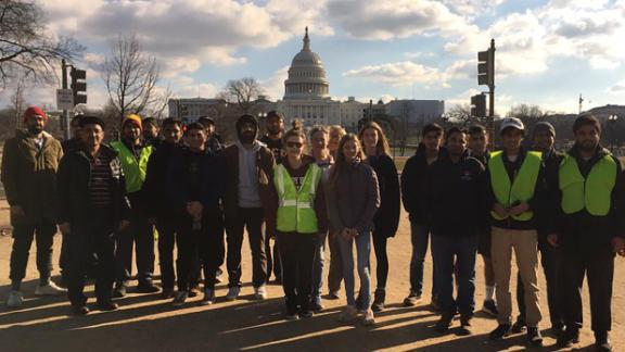 Muslim youth groups help to clean up national parks during the government shutdown. CREDIT: Ahmadiyya Muslim Youth Association