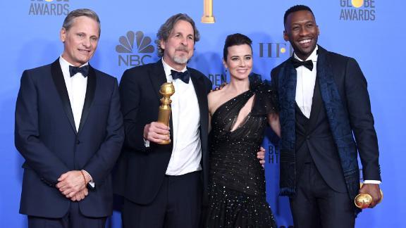 'Green Book's' Viggo Mortensen, Peter Farrelly, Linda Cardellini, and Mahershala Ali in the press room during the 76th Annual Golden Globe Awards.