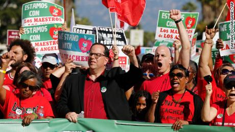 Los Angeles teachers postpone their strike, but 600,000 kids don't know what's next